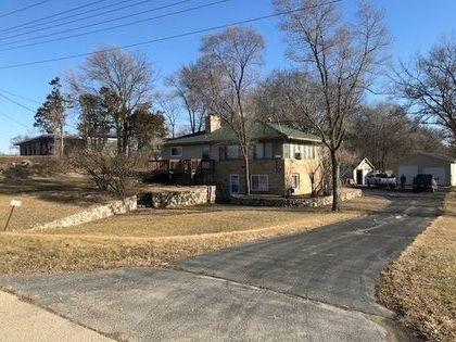 Living Estate & Absolute Real Estate Auction – Postponed